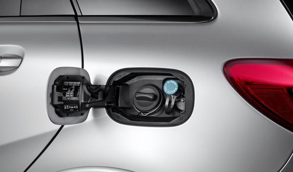 Mercedes-B-200-Natural-Gas-Drive-depósito
