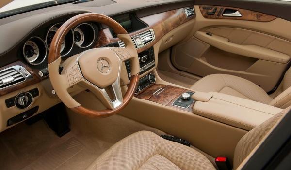 Mercedes CLS Shooting Brake interior