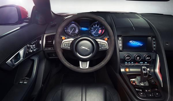 El Jaguar F-Type dispone de un cambio secuencial de ocho relaciones 'Quickshift'
