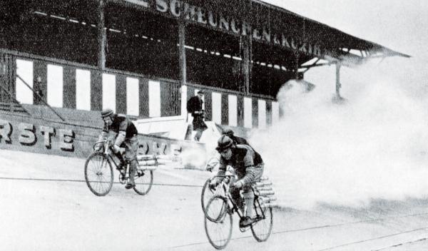 ciclistas cohete Opel