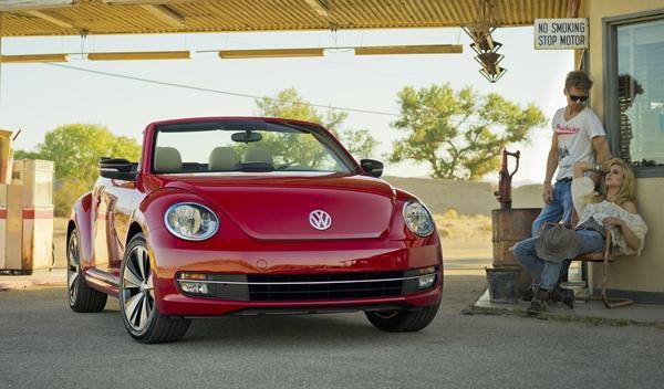Volkswagen Beetle Cabrio 2013 frontal 2