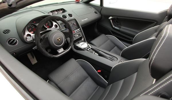Nuevo Lamborghini Gallardo Spyder 2013 interior