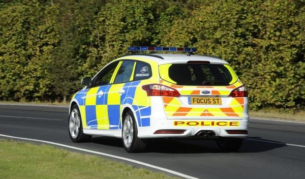 ford-focus-st-trasera-policía