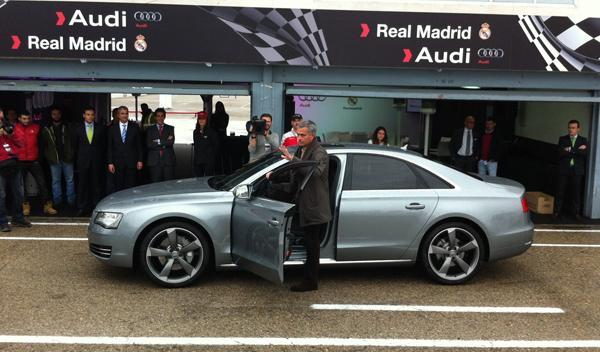 entrega coches audi jugadores real madrid audi a8 mourinho