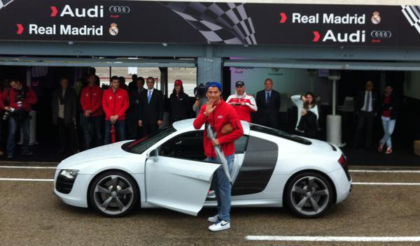 entrega coches audi jugadores real madrid audi r8 cristiano ronaldo