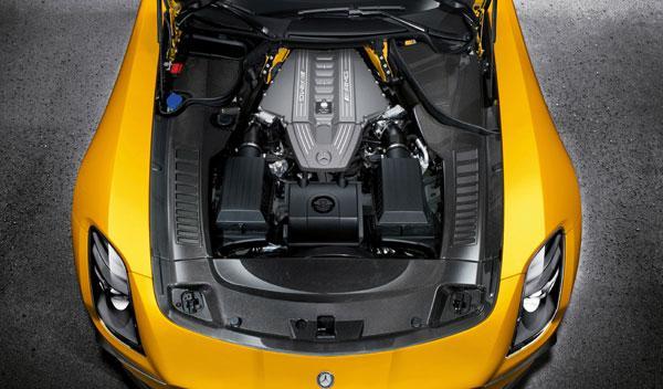 Mercedes SLS AMG Black Serie motor