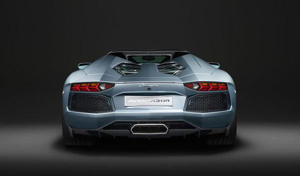 Lamborghini Aventador LP 700-4 Roadster trasera