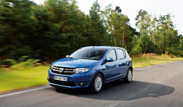 El Dacia Sandero 2013 ofrece un frontal diseñado para proteger a los peatones