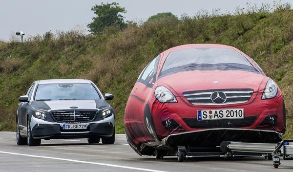 Mercedes Clase S 2013 pruebas sistemas 02