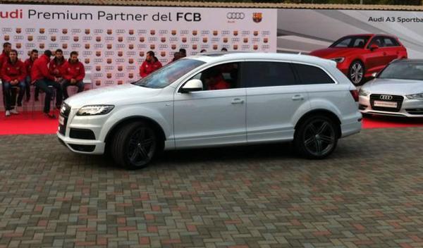 Messi Audi Q7 Entrega audi jugadores barcelona temporada 2012/2013