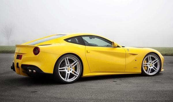 Ferrari-F12-Novitec-Rosso-trasera