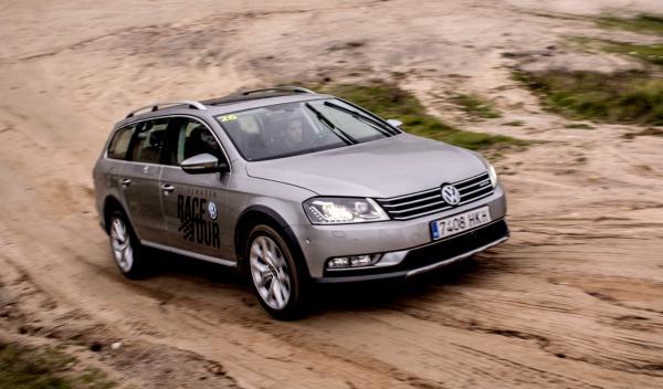 Volkswagen Race Tour 2012 Passat Alltrack