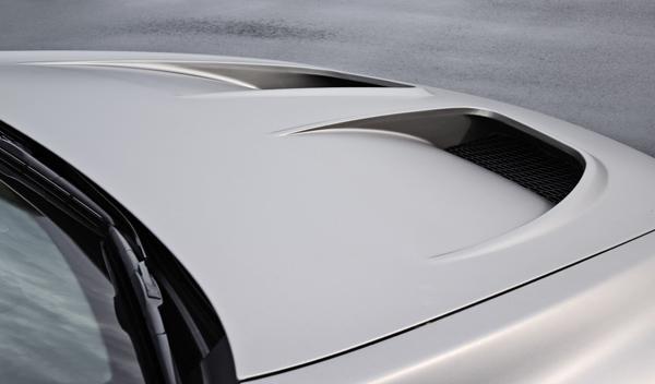 Capó del Lexus LS TMG Sports 650 Concept
