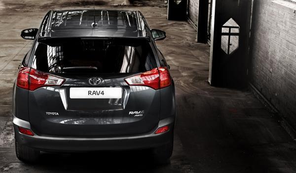 Toyota RAV4 2013 trasera