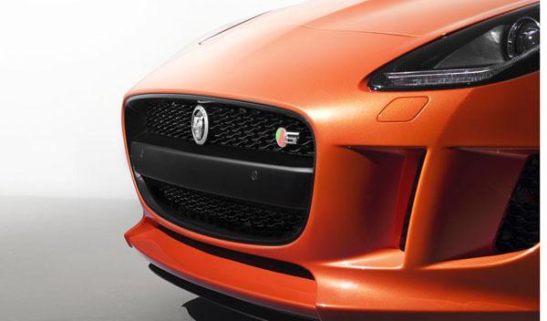 Jaguar-F-Type-Black-Pack-Firesand-parrilla