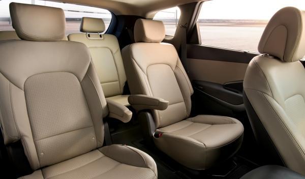 Hyundai Grand Santa Fe, interior