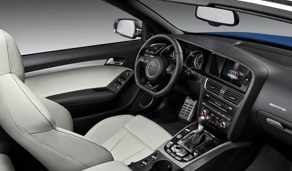 Audi-RS5_Cabrio_interior