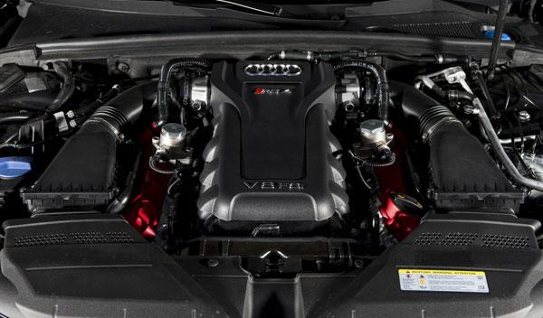 Audi RS4 Avant ABT motor