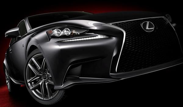 Lexus IS 2013 frontal