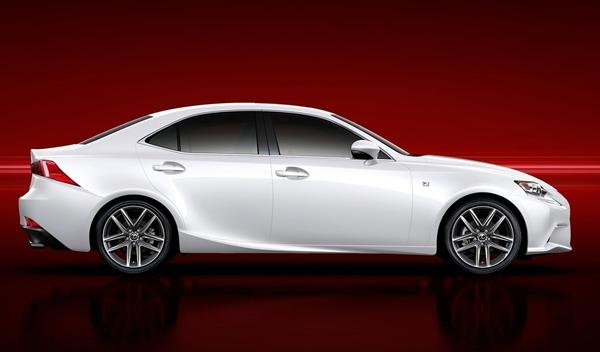Lexus IS 2013 perfil