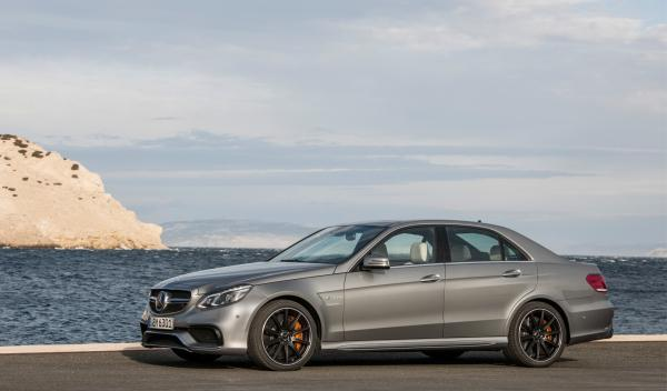 Mercedes E AMG 2013 lateral