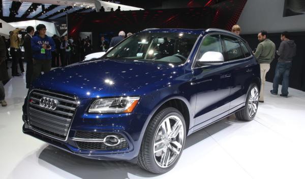 Audi SQ5 TFSI salón detroit