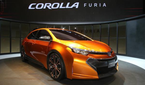 Toyota Corolla Furia Salón Detroit 2013