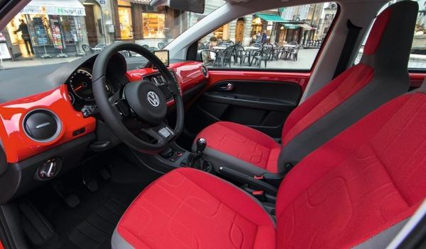 Volkswagen Cross Up!, interior
