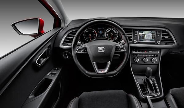 Interior del Seat León SC FR