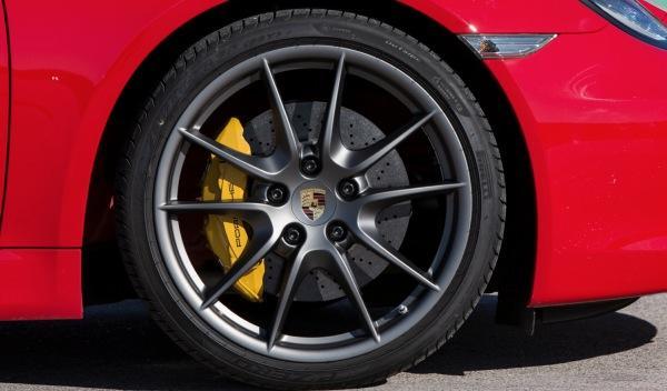 Porsche Cayman 2013 llanta