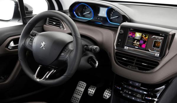 Peugeot 2008, salpicadero