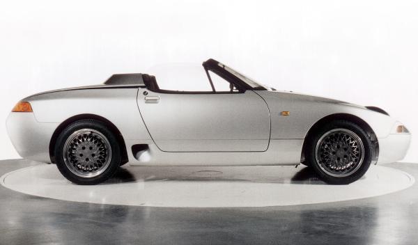 Porsche 984 lateral