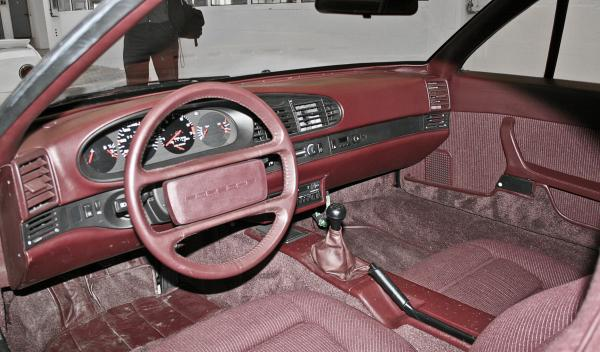 Porsche Junior interior