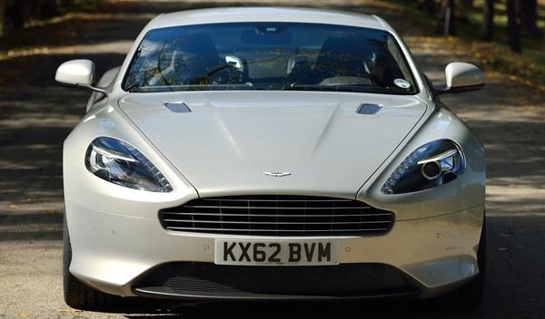 Frontal del nuevo Aston Martin DB9 2013