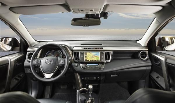 Interior nuevo Toyota RAV4