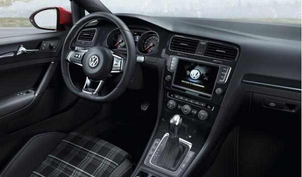 Interior del Volkswagen Golf GTD 2013