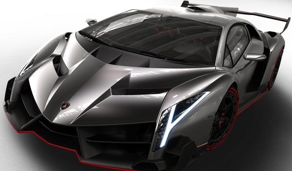 Lamborghini_Veneno_2013_frontal_2