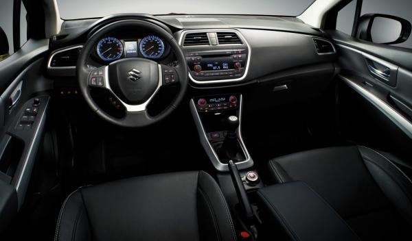 Suzuki SX4 2013, interior