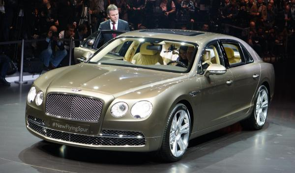 Bentley Flying Spur Salon de Ginebra 2013