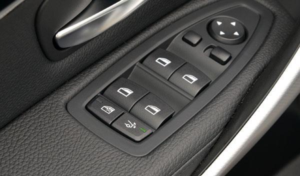 BMW Serie 3 Gran Turismo botón alerón