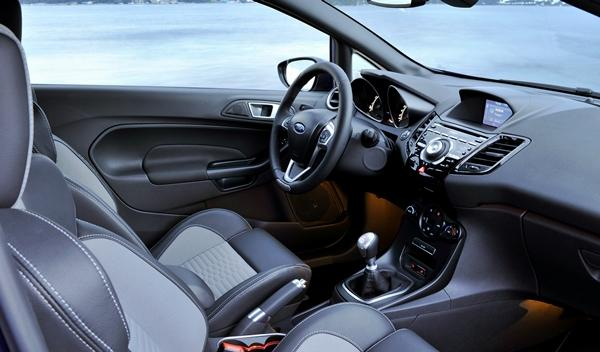 Ford Fiesta ST 2013 interior