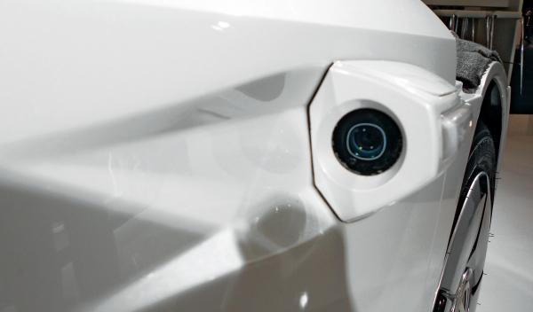 Volkswagen XL1 e-mirror