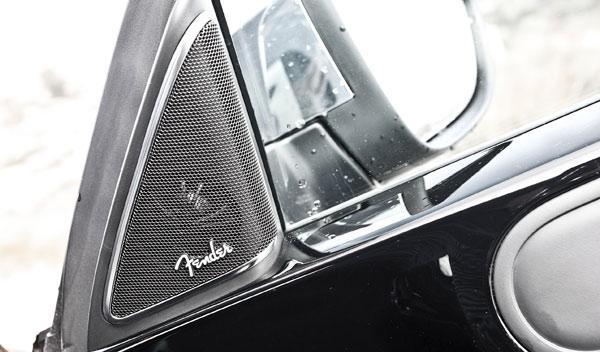Volkswagen Beetle Fender Edition equipo de sonido altavoces