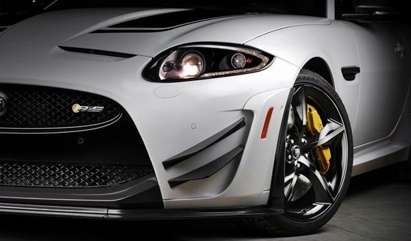 Jaguar XKR-S GT detalle delantera