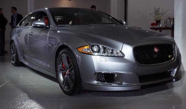 Jaguar-XJR_ salón
