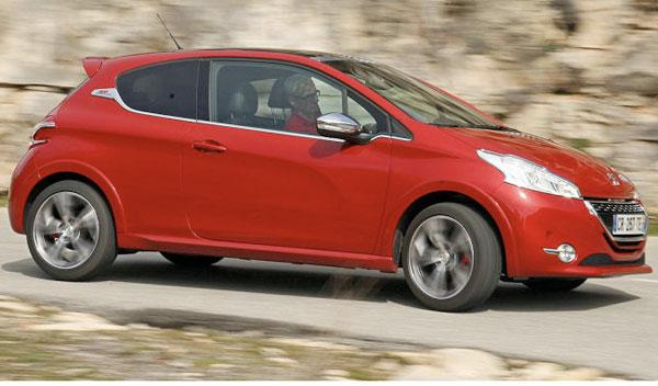 Peugeot 208 GTi lateral