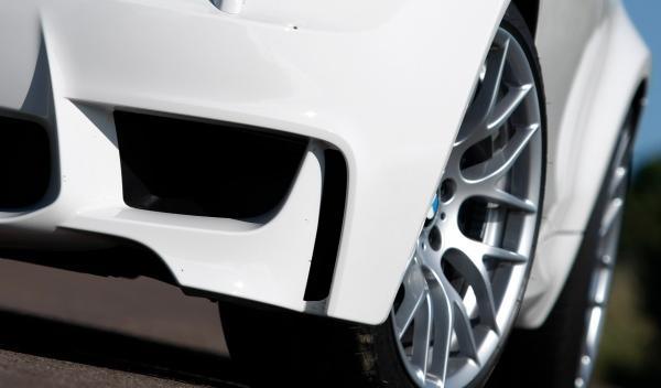 BMW Serie 1M Coupé tomas de aire