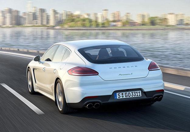 Porsche Panamera 2013 trasera