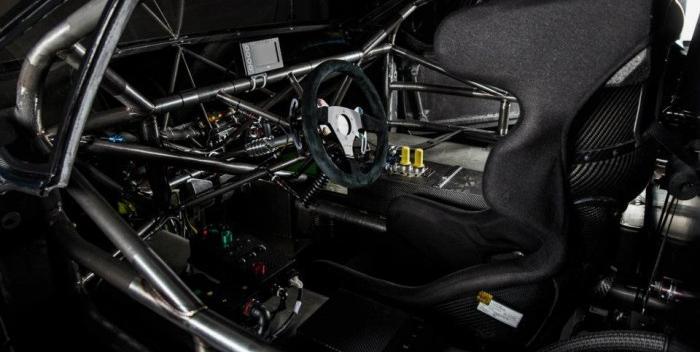 Peugeot 208 T16 Loeb interior