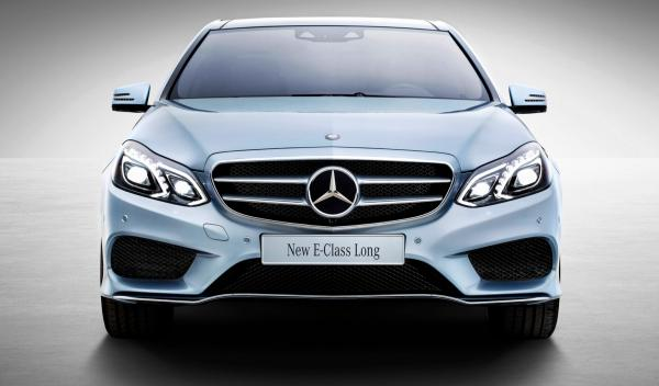 Mercedes Clase E Long frontal